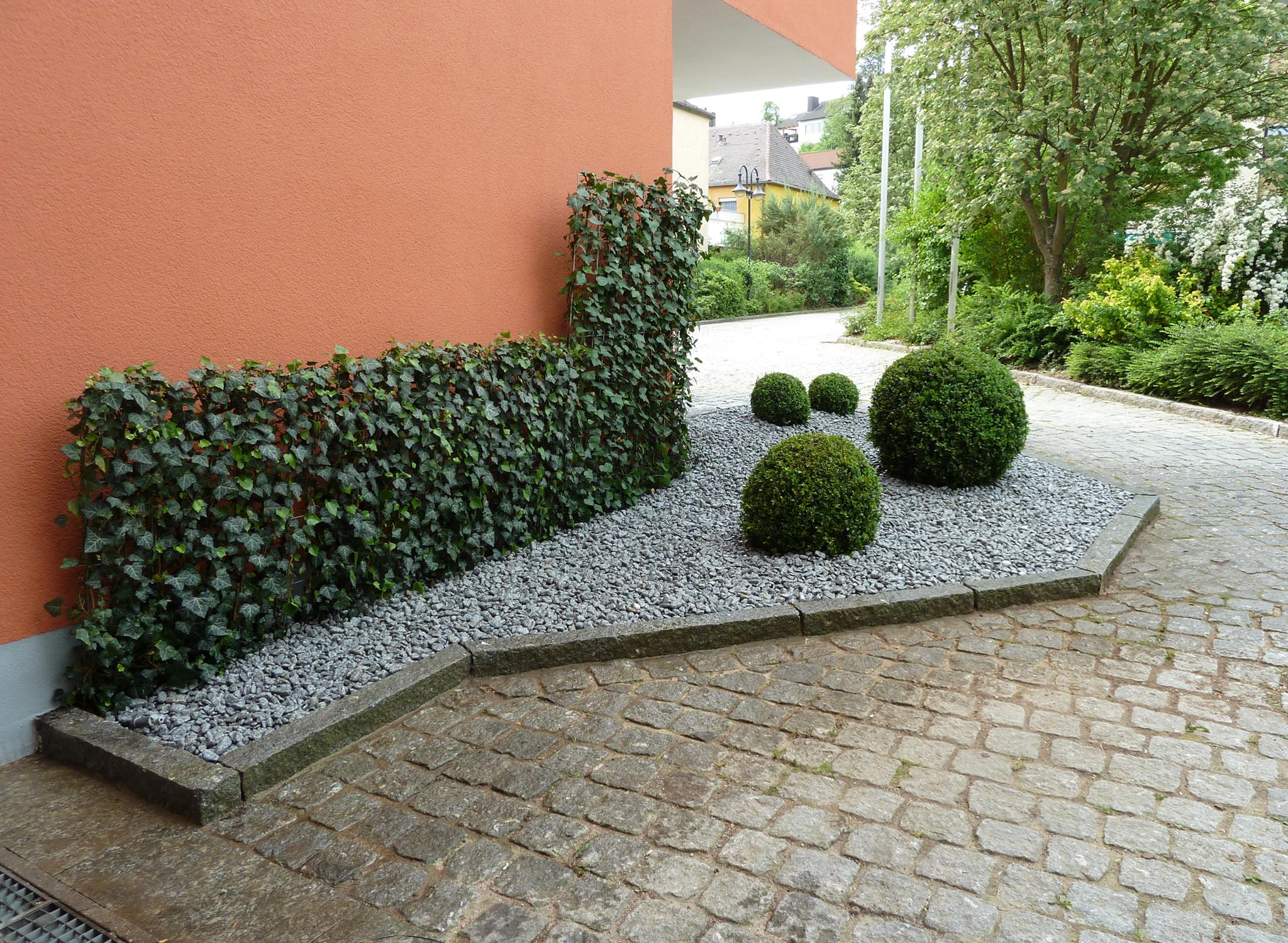 Hecke Am Laufenden Meter L Projektbeispiele Helix Pflanzen